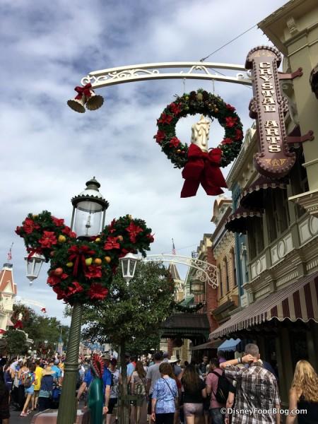 Magic Kingdom Holiday Decor