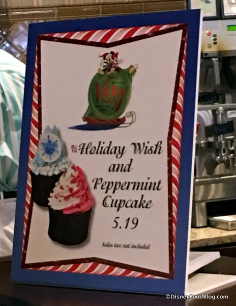 Holiday Cupcake Sign