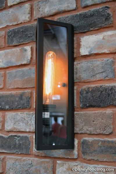 Lighting fixture