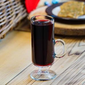 Warm Holiday Spiced Wine ©Disney