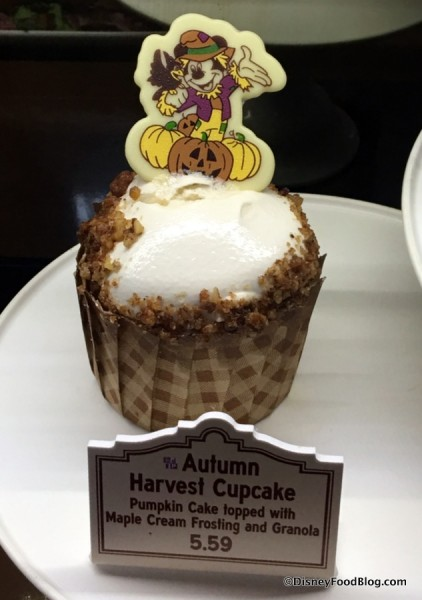 Autumn Harvest Cupcake