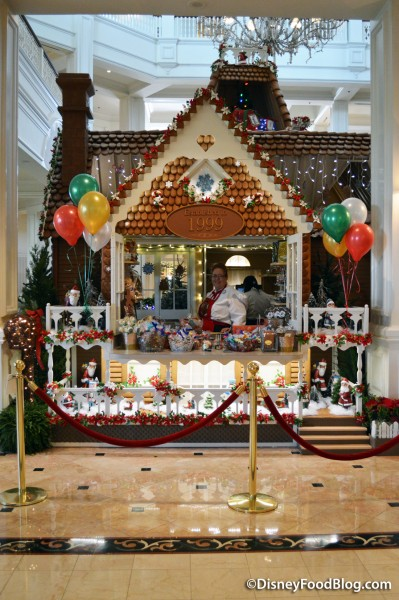 2016 Grand Floridian Gingerbread Store
