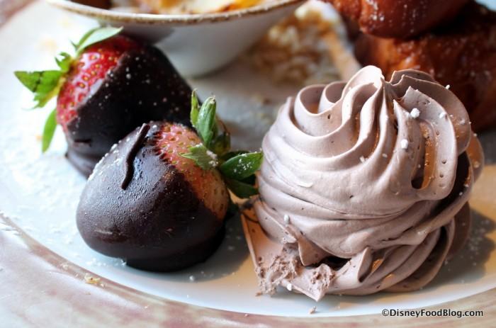 Nutella Cream and Chocolate-Covered Strawberries