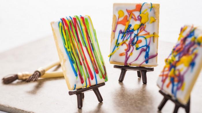 Pop't Art: Modern Designed Sugar Cookie with Chocolate Hazelnut Filling -- Pop Eats Food Studio ©Disney