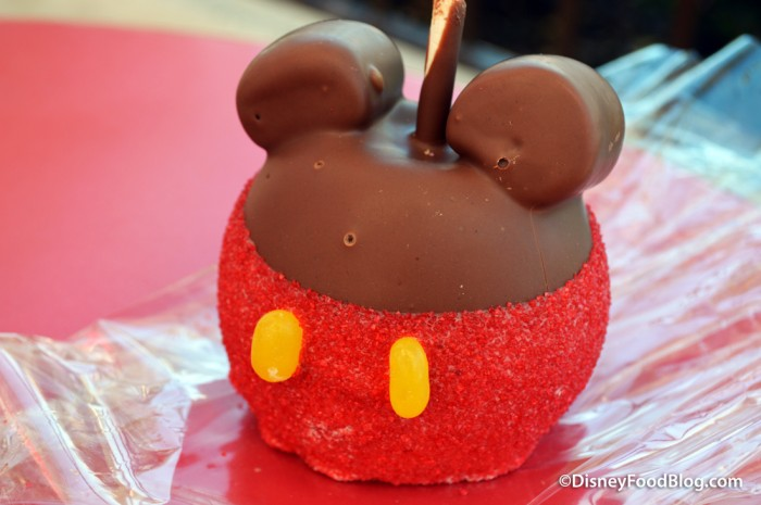 Specialty Mickey Apple