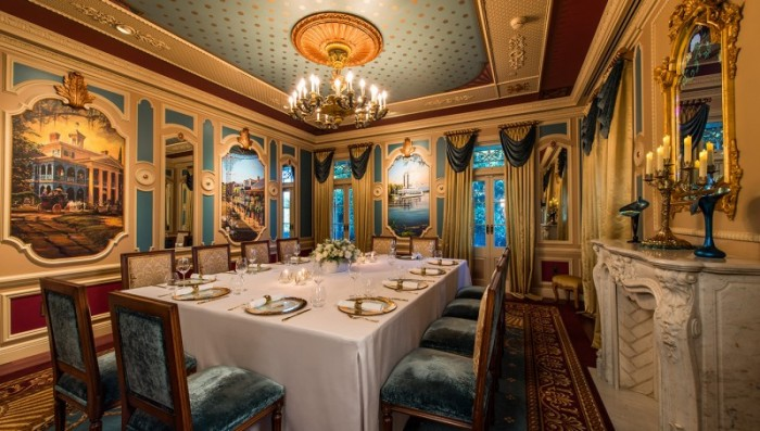 Inside 21 Royal at Disneyland ©CorderoStudios