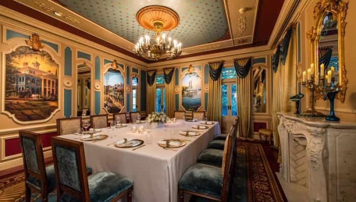 Inside 21 Royal at Disneyland ©CorderoStudios