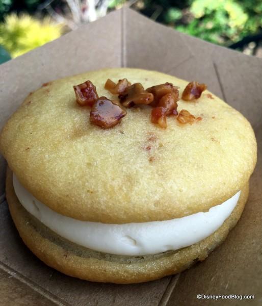 Maple-bacon Whoopie Pie