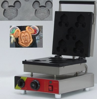 Make Mickey Waffles Like the Pros!