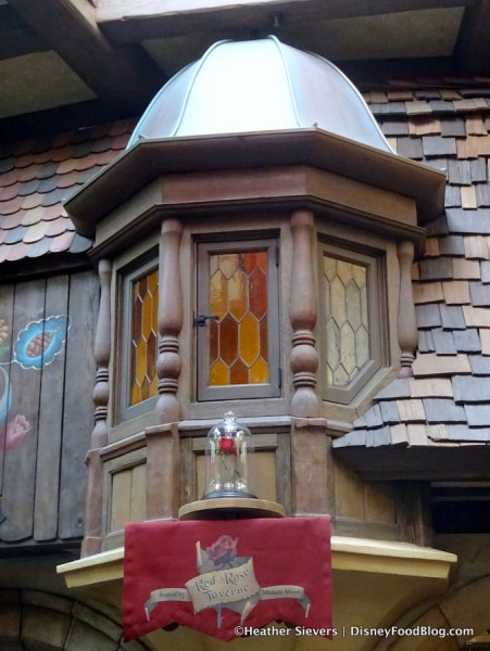 The Enchanted Rose at Red Rose Taverne