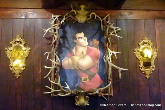 Gaston Decor