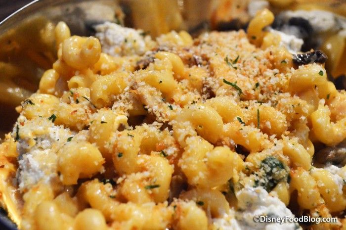 Six Cheese Chicken Macaroni and Cheese -- Up Close