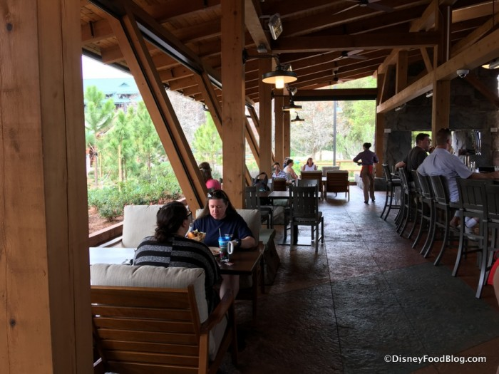 Wilderness Lodge Geyser Point Bar and Grill 5