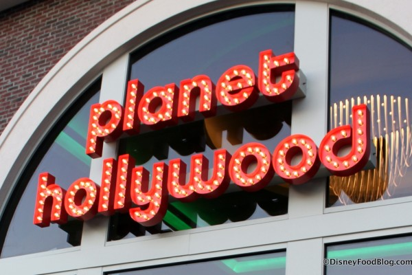 News: Planet Hollywood Observatory to Offer Counter Service, More 'Star Presence'