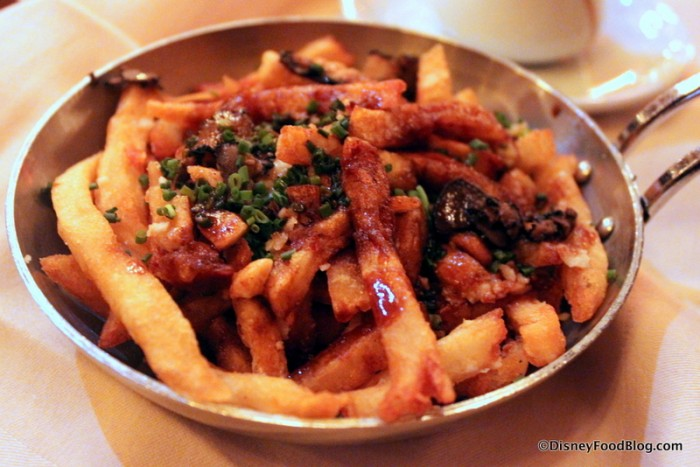 Signature Poutine -- Up Close