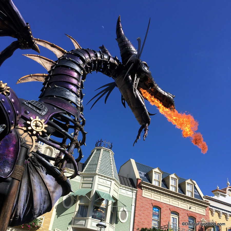 Disney World Parade Float Catches Fire The Disney Food