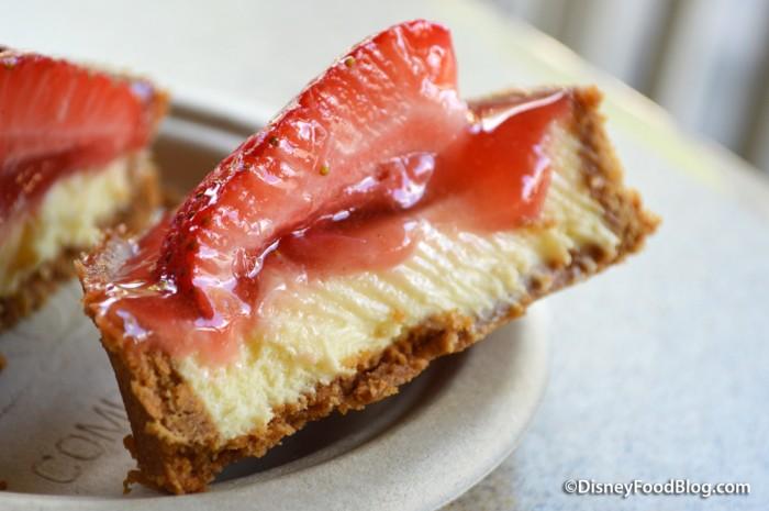 Restaurantosaurus Strawberry Cheesecake Interior