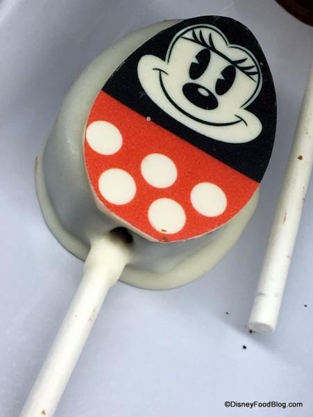 Minnie Mouse Egg Cake Pop