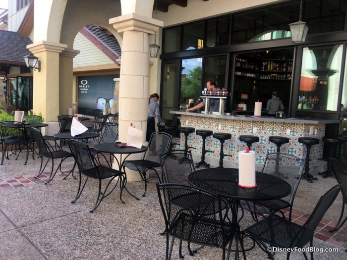 Outdoor Seating and Bar