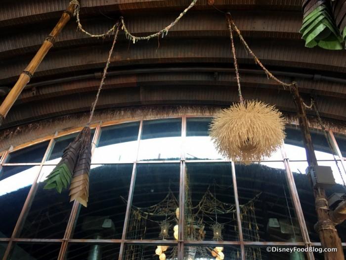 Satu'li Canteen outdoor atmosphere