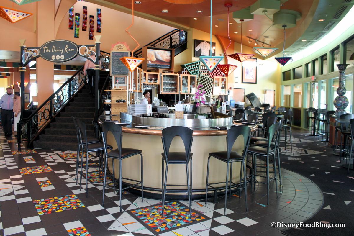 The Express At Wolfgang Puck Grand Cafe