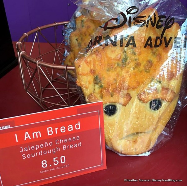 Groot Jalapeno Cheese Bread