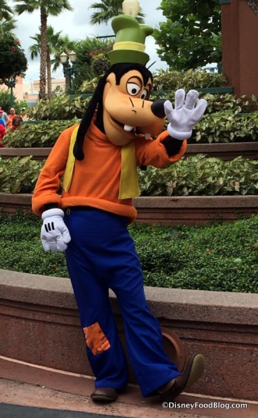 Goofy at Hollywood Studios