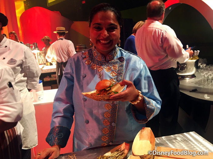 Maneet Chauhan is Back in 2017!