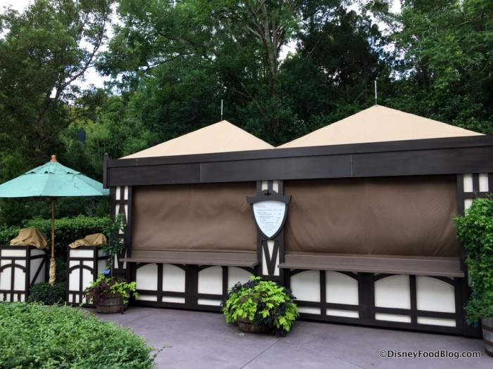 2017 Epcot Food and Wine Festival Brewers Collection Booth