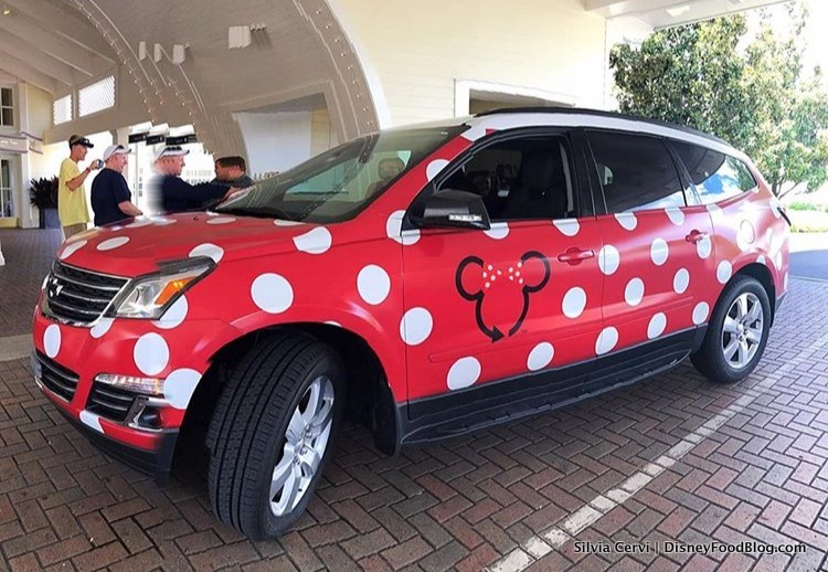 Should i use disney worlds minnie vans minnie van pros and cons minnie van fandeluxe Choice Image