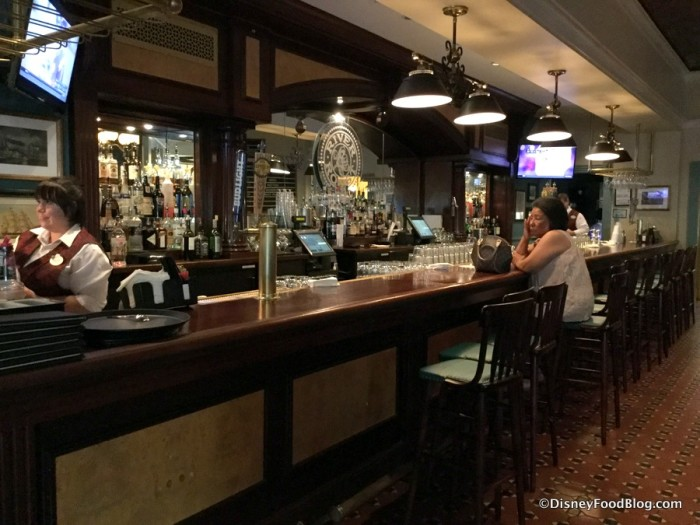 River Roost Bar