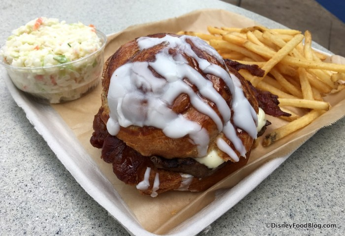 Full Cinnamon Bun Burger Entree