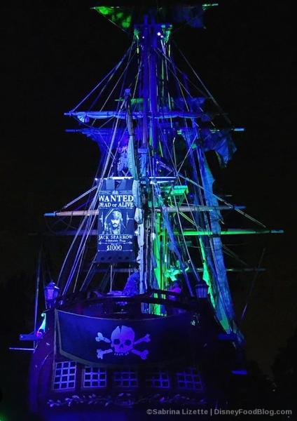 Fantasmic Pirate Ship