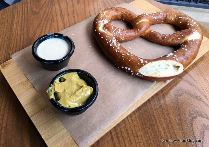 Bavarian Pretzel with spicy mustard and beer cheese fondue