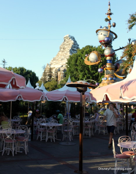 Plaza Inn Outdoor Seating