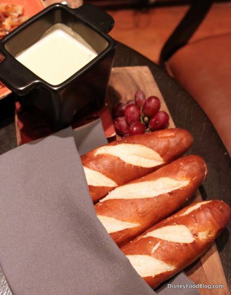 Chardonnay Cheese Fondue