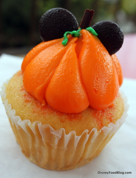 Pumpkin Cupcake (which is actually vanilla)