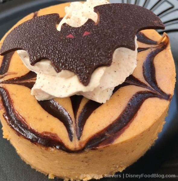 Jolly Holiday Creamy Pumpkin Cheesecake