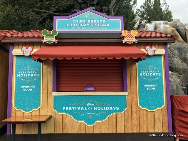 Chips Breads and Holiday Spreads Marketplace Booth 2017 Disney California Adventure Festival of Holidays 2017-001