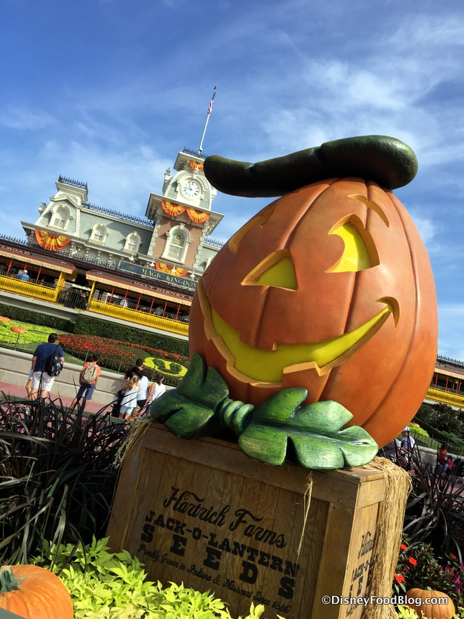 snacks get spooky for halloween in disney worlds magic kingdom including mickeys halloween party exclusives