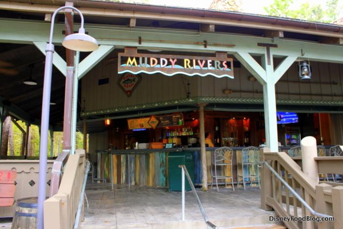 Muddy Rivers Pool Bar