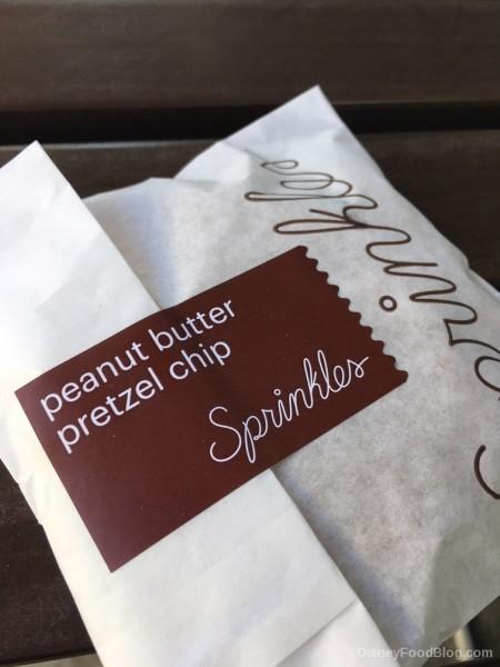 Peanut Butter Pretzel Chip Cookie Packaging