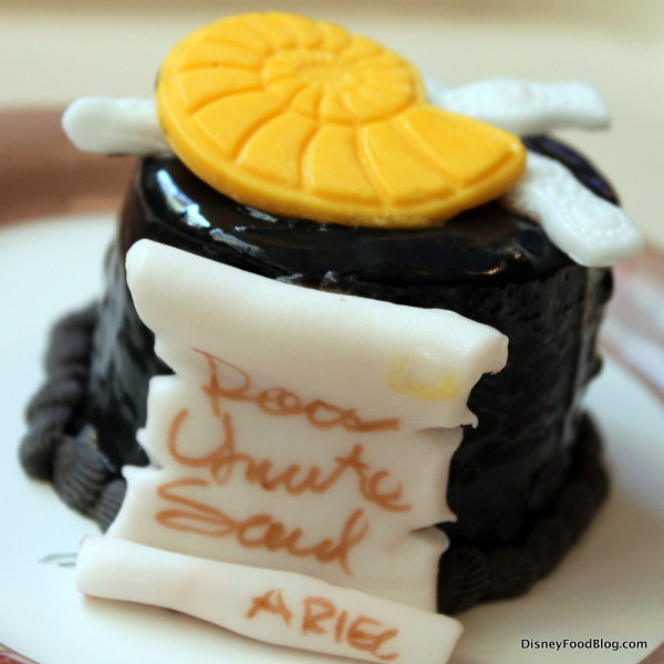 Ursula Cupcake