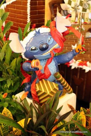 2017 Beach Club Gingerbread Carousel Stitch