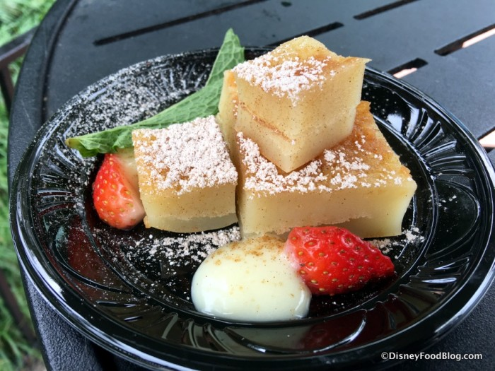 Cinnamon Mochi Cake