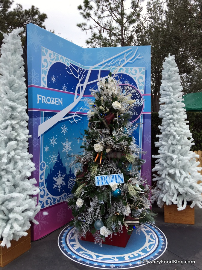 christmas tree trail - When Does Disney Decorate For Christmas 2017