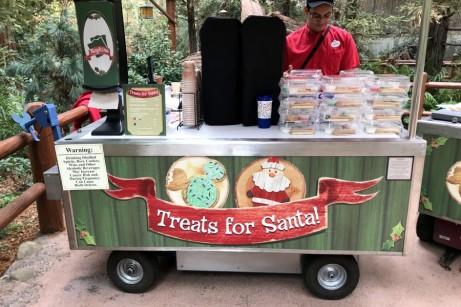 Festival of Holidays disney california adventure 2017 treats for santa 1