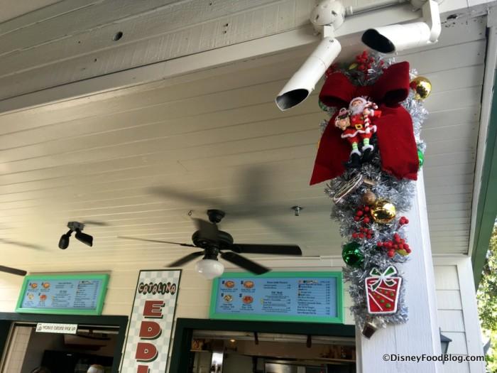 Catalina Eddie's Holiday Decorations