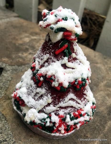 Red Velvet Christmas Tree Whoopie Pie
