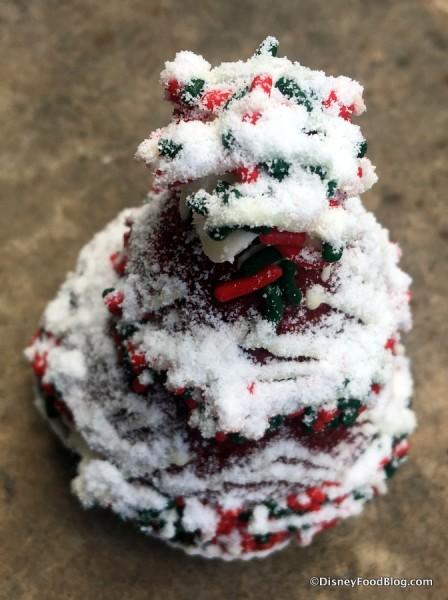 Red Velvet Holiday Whoopie Pie